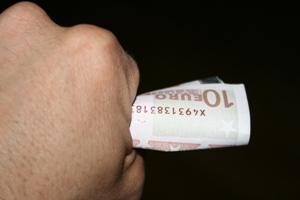 Um erro clássico: pensar em ganhar dinheiro, hoje