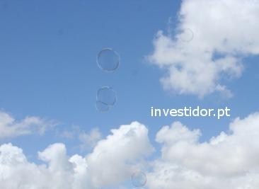 Bolha especulativa nos investimentos e negócios