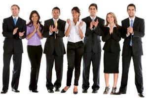 Satisfação e motivação na empresa através de dois tipos de recompensas