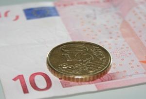 Soluções financeiras para quem ganha o salário mínimo nacional